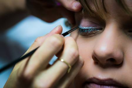 Photographe mariage Toulouse - Maquillage couleur