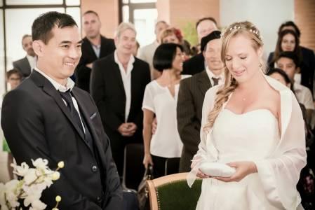 Émotion mariage couple