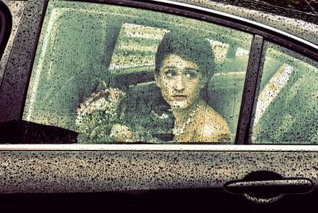 la mariée dans la voiture des mariés toulouse