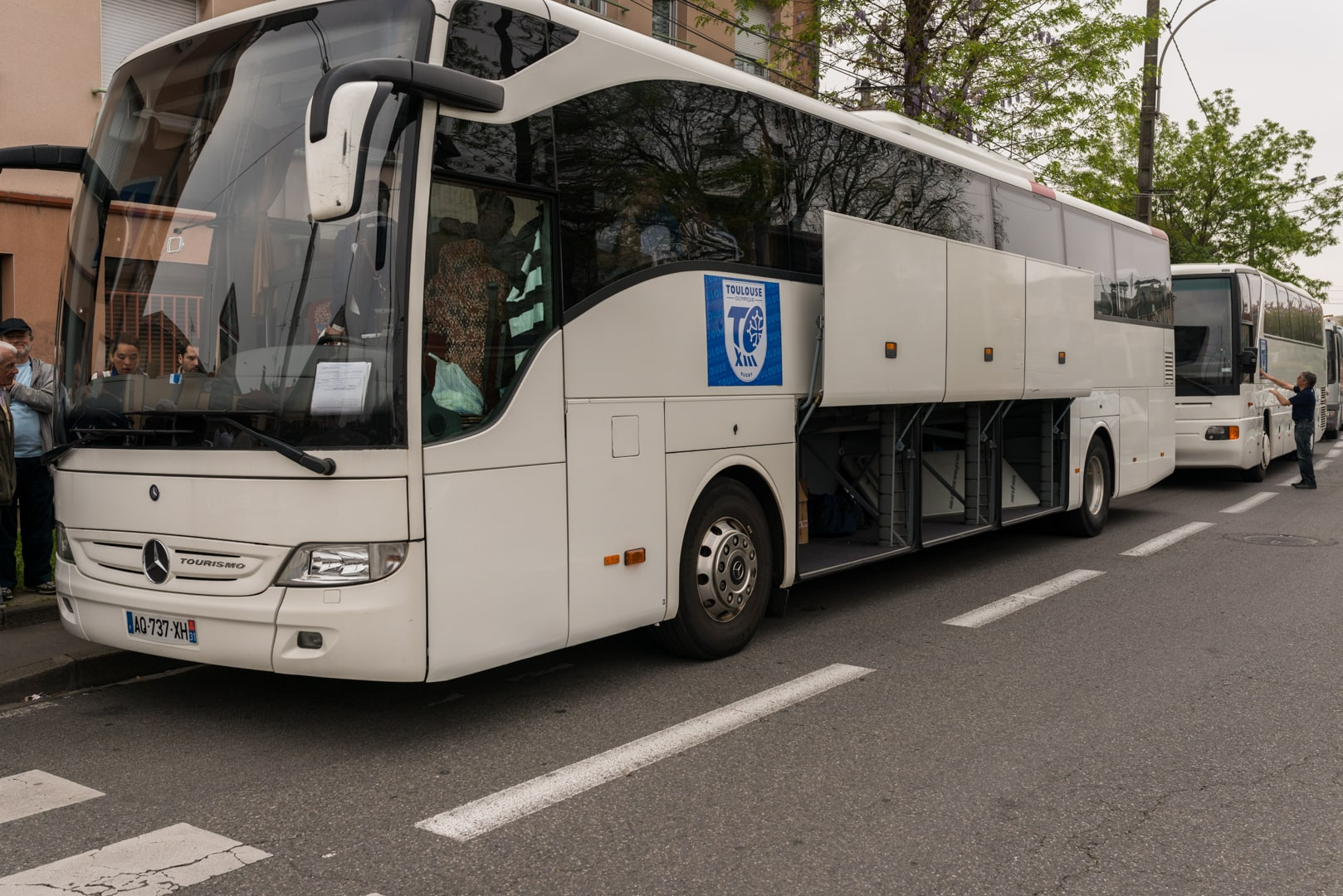 Photo du bus de supporter du TOXIII avant la finale de la coupe de France .