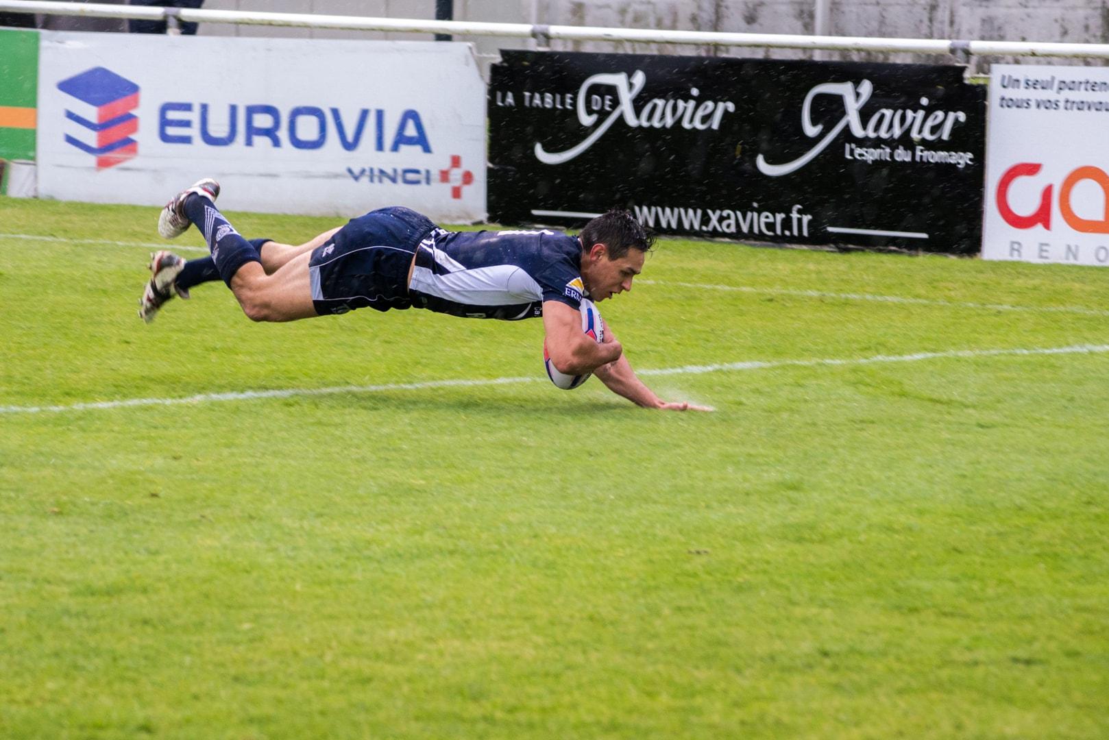 Photo d'un essai lors de la demi finale du championnat de France de Rugby à XIII, Toulouse - Villeneuve 19