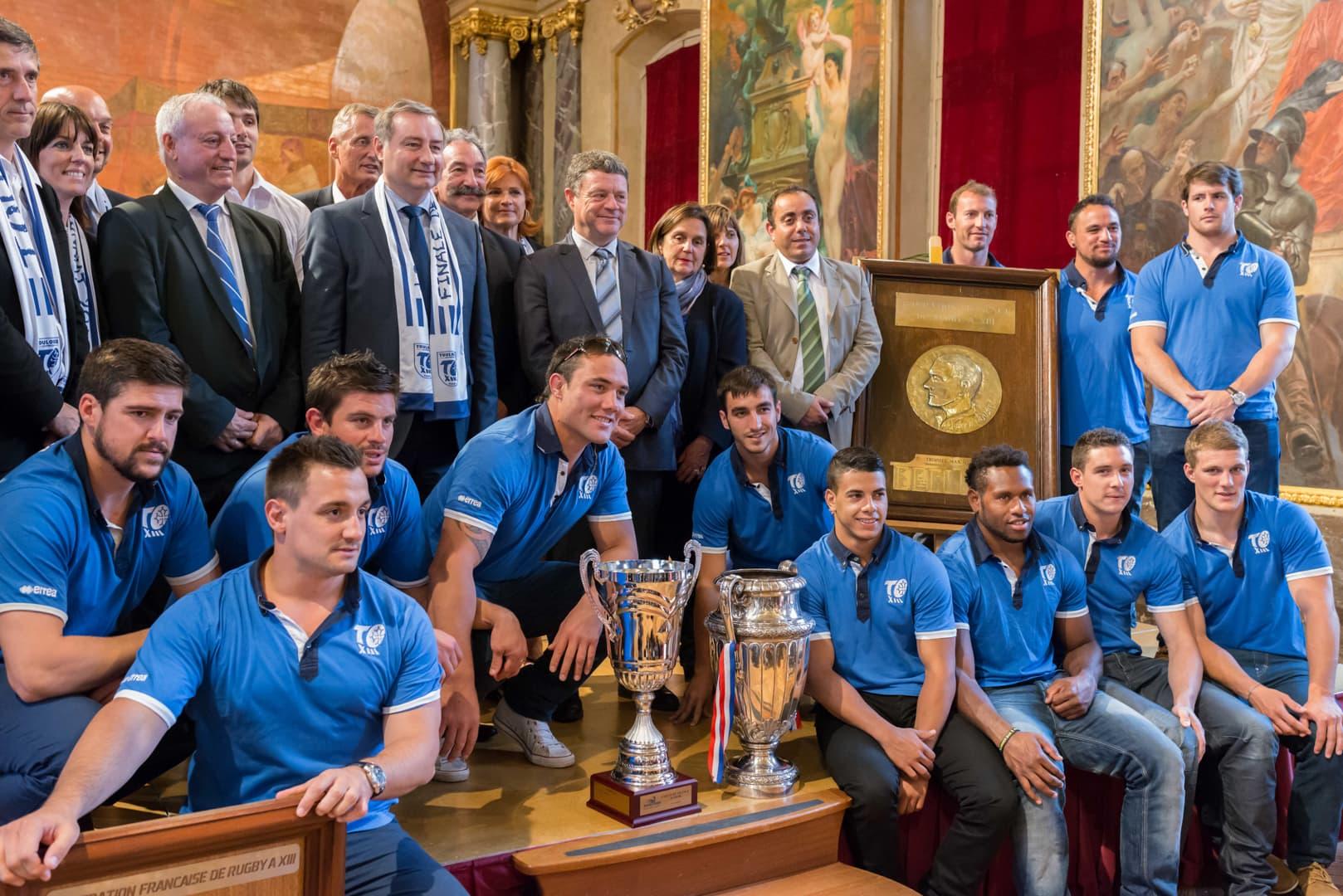 Photo du TOXIII à la mairie de Toulouse en présence du maire : Jean luc Moudenc 3