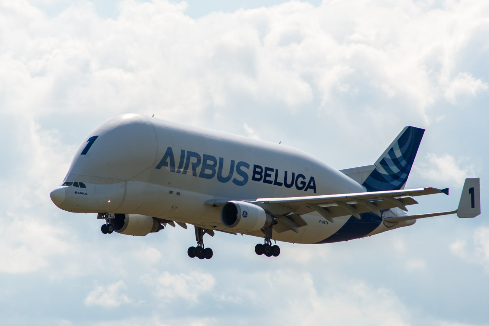 Photo d'avion le Beluga de Airbus lors du meeting aérien sur Toulouse ( Lherm) 1