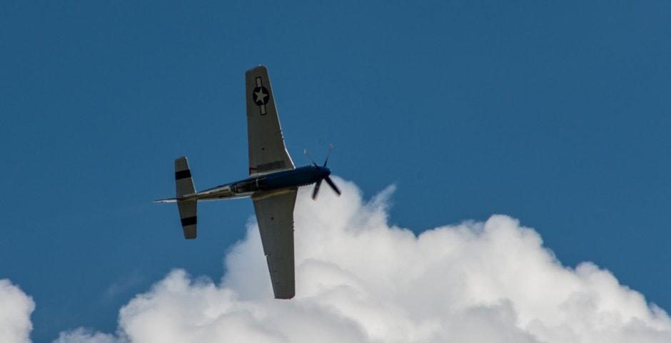 Photo d'avion du p51 mustang lors du meeting aérien sur Toulouse ( Lherm) 4