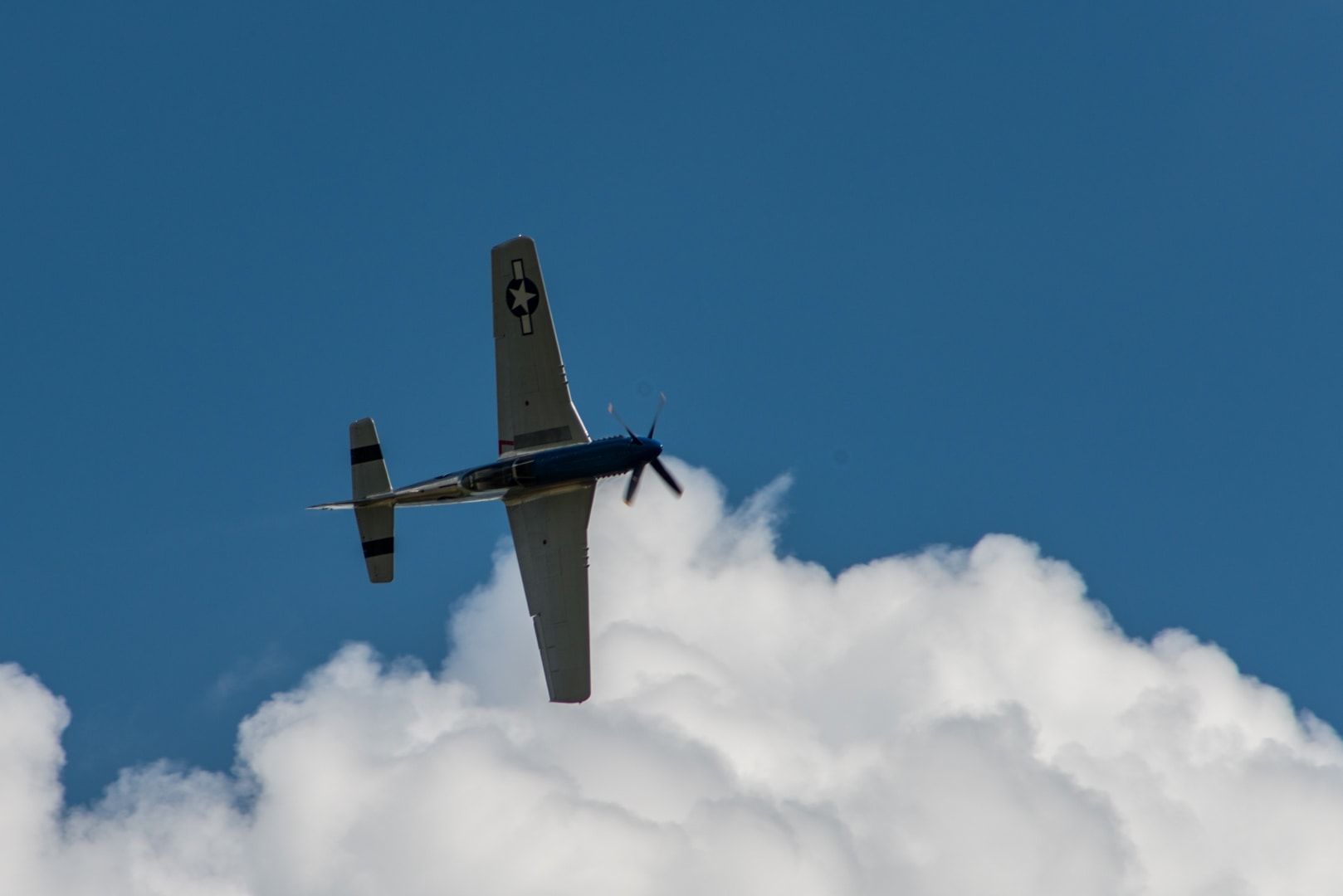 Photo d'avion du p51 mustang lors du meeting aérien sur Toulouse ( Lherm) 4