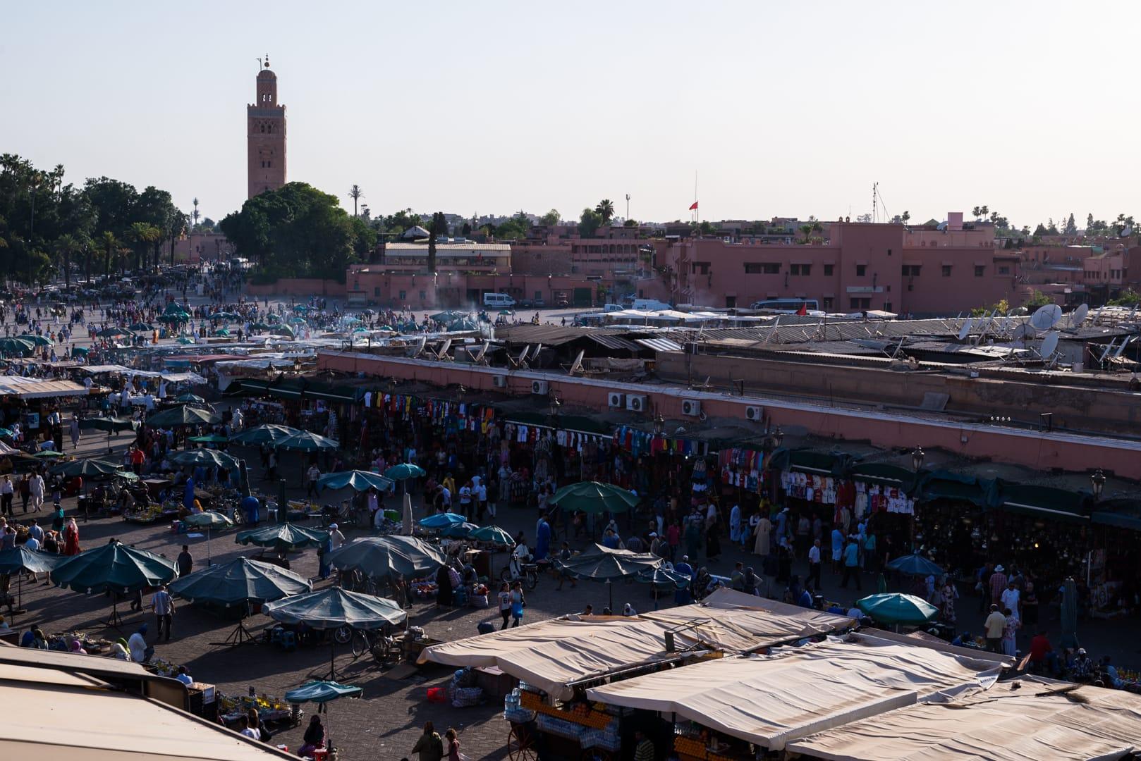 photo de la place El FNA de Marrakech voyage Maroc 1