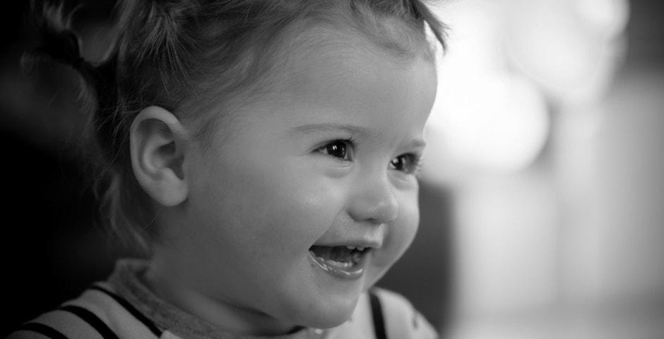 Photographe portrait enfant - noir et blanc
