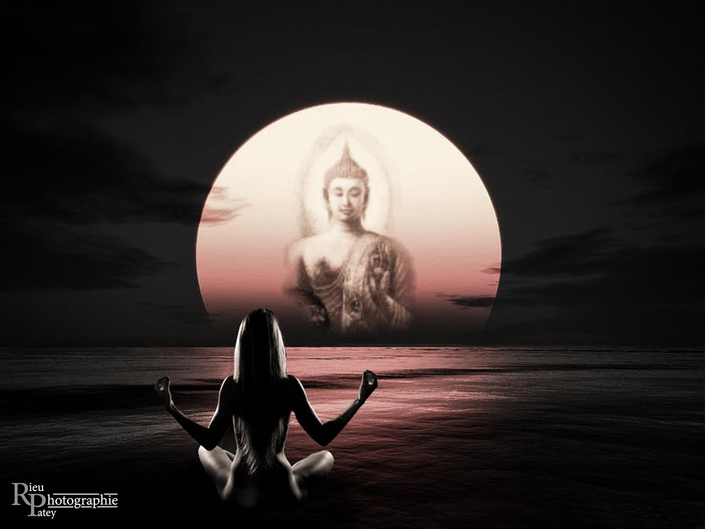 Photo nu bouddha montage