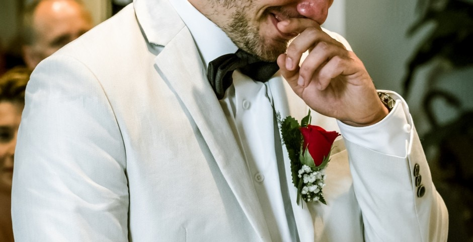 Emotion du mari lors de la marie